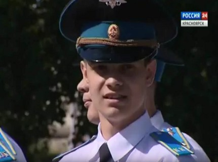 В Красноярске прошел бал кадет и выпускниц Мариинских гимназий