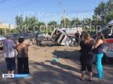Сегодня утром в Красноярске на улице Свердловская погиб водитель такси