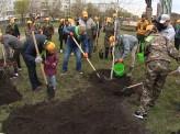 В Красноярске прошёл Всероссийский день посадки леса