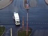 В Красноярске пьяный водитель «Хонды» врезался в грузовик