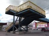 Виадук на Молокова, откуда год назад рухнула рекламная конструкция, так и стоит в запустении