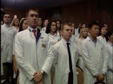Более 500 выпускников медуниверситета дали клятву Гиппократа